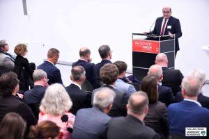 Der SPD-Landtagsabgeordnete Volkan Baran eröffnete die Veranstaltung. Fotos: Alex Völkel