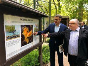 Wirtschaftsförderer Thomas Westphal entdeckte sein mögliches Patentier - an der Phoenix-Volière brachte ihn Zoodirektor Dr. Frank Brandstätter die Idee.