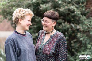 Ailis (l.) und Nora (r.) sind Teil des Organisations-Team vom Mastamo-Camp 2019.