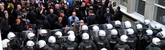 """HINTERGRUND: Der Mordfall Walter Lübcke, """"Combat 18"""", Rechtsterrorismus  und die Rolle der Neonazis in Dortmund"""