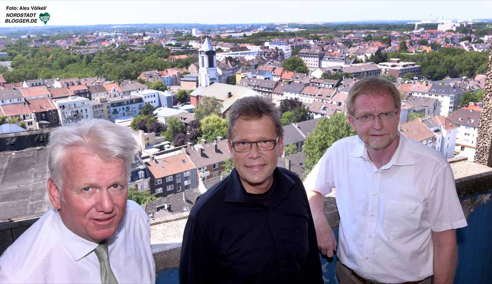 OB Ullrich Sierau, Baudezernent Arnulf Rybicki und Planungsdezernent Ludger Wilde sind von der Aussicht begeistert.