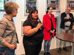 "Fatma Karacakurtoglu (2.v.li.) ist Gründungsvorsitzende des Flüchtlings- und Integrationsvereins ""Train of Hope"". Foto: Alex Völkel"
