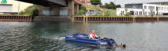 Wasserpest durch Sperrung der Schleuse Henrichenburg – Hafen AG Dortmund dämmt Algenplage per Mähboot ein
