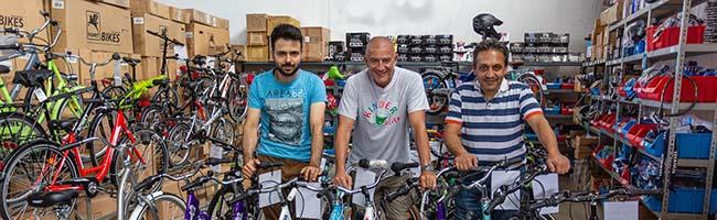 Ein Fahrrad für jedes Kind in der Nordstadt: Verein Kinderglück und Kenan Güvercin machen es möglich