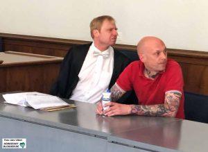Klägeranwalt Dr. Björn Clemens und Kläger Marco G. hielten die Prozessvorbereitung der BILD-Zeitung für eine Zumutung.