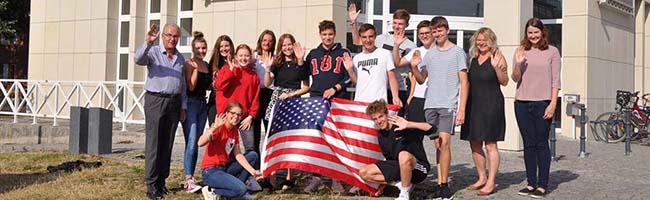SchülerInnen aus Dortmund gehen auf große Reise: 16 Jugendliche gehen vier Monate nach Buffalo in den USA