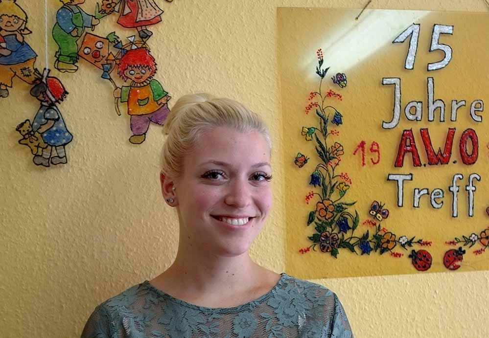 Catharina Tölch (22) ist die jüngste AWO-Begegnungsstättenleiterin in Dortmund. Foto: Susanne Schulte