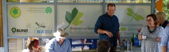 """""""Zukunftsbäume"""" in Dortmund – wie die Stadt sich auf den Klimawandel vorbereitet: SPD-Ratsfraktion im Rombergpark"""