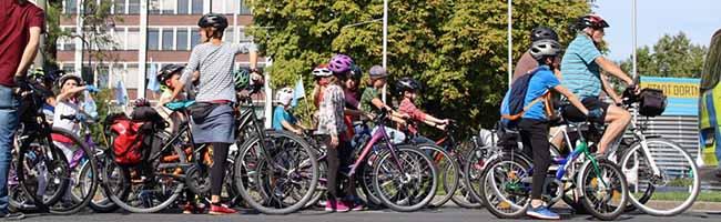 """Sicher Radfahren im Alltag: Aufbruch Fahrrad demonstriert mit """"Kidical Mass"""" für besseres Radwegenetz in Dortmund"""