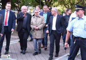 Norbert Dahmen, Ralf Stoltze, Herbert Reul und Gregor Lange und Thomas Fürst (v.l.) beim Rundgang.