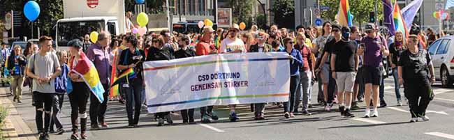 CSD Dortmund setzt starkes Zeichen für Akzeptanz und Vielfalt: 10.000 Menschen feierten und demonstrierten