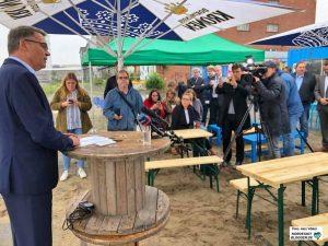 """Strategisch gewählt war auch der Ort seiner Kandidatur - die Szene-Gastronomie """"Umschlagplatz"""" im Hafen."""