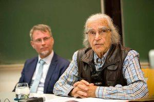 Zog seine Zuhörerinnen und Zuhörer in seinen Bann: Holocaust-Überlebender Horst Selbiger. Fotos: Martin Hengesbach/TU Dortmund