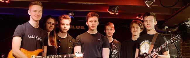 """Der Musik-Stammtisch im domicil informiert über die """"Pop School"""" in Dortmund – """"Mezzanine"""" live im """"Domicil"""""""