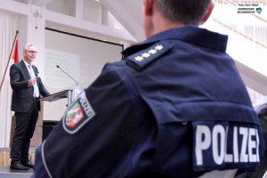"""Dortmund sei eine lebenswerte Stadt und """"Sicherheit ist dafür ein wesentlicher Aspekt"""", unterstrich Polizeipräsident Gregor Lange."""