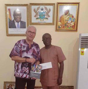 Post aus Dortmund überbrachte Wegener in Kumasi - Ziel ist eine Klimakooperation.