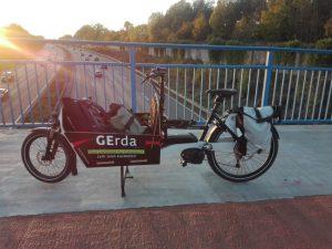 Die Kosten für ein Lastenrad können je nach Marke und Ausstattung 2000€ bis mind. 5000€ betragen. Foto: das Leih-Lastenrad aus Gelsenkirchen, die GErda.