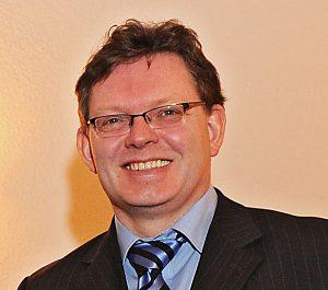 Dr. Andreas Hollstein möchte für die CDU ins Rennen um das Dortmunder OB-Amt gehen. Foto: Rudi Rust