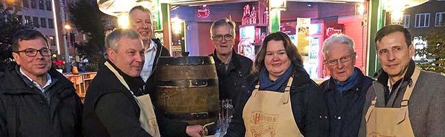 """Weihnachtsstadt-VeranstalterInnen probierten das erste Dortmunder Weihnachtsbier: """"Sehr süffig"""""""