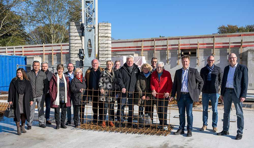 Eine der beiden Dreifach-Sporthallen an der Kreuzstraße ist bereits in Bau. Foto: Stadt Dortmund/ Torsten Tullius