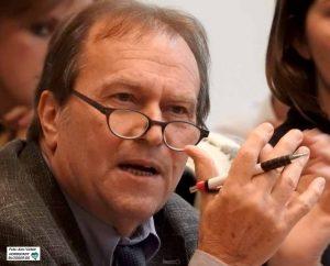 Prof. Dr. Rolf Gerd Heinze von der Ruhr-Uni Bochum stellte die Studie im Sozialausschuss vor.