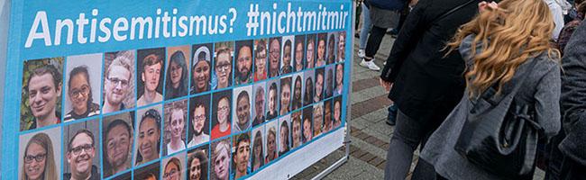 Jahrestag der Pogromnacht: Würdiges und bewegendes Gedenken in Dorstfeld – hunderte Menschen nahmen Anteil