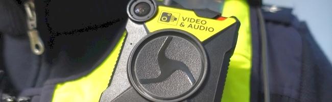 Vom Pilotprojekt in die Alltagsroutine: Dortmunder Polizei ab sofort mit Bodycams unterwegs – Deeskalation erhofft