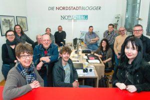 Gruppenfoto der Nordstadtblogger bei der Feier zum fünfjährigen Bestehen des Projekts.