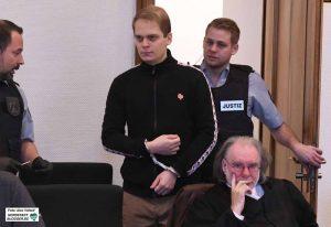 Matthias Drewer wurde aus der Untersuchungshaft vorgeführt - und fuhr anschließend auch wieder ein.