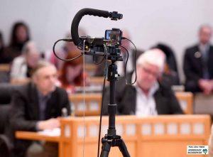 Videoaufzeichnung im Rat - zumindest die Haushaltsreden wurden von der Verwaltung aufgezeichnet.