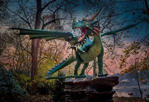 Die 35 Dinosaurier im neu geschaffenen Dino-Wald sind Besuchermagnete. Fotos: PLWM