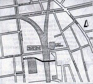 Die Fußgängerbrücke (dunkle Linie) auf einer Lageskizze, um 1974 (Stadtarchiv Dortmund, 501/02-43)