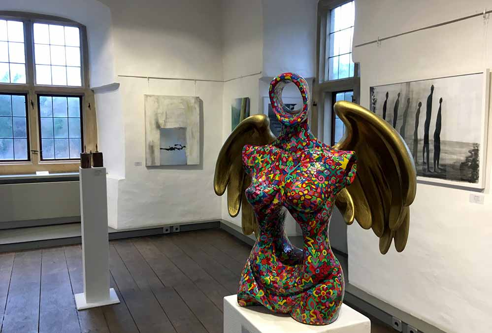 """Ausstellung """"einblicke 2019"""" - hier eine Arbeit von Almut Rybarsch-Tarry."""
