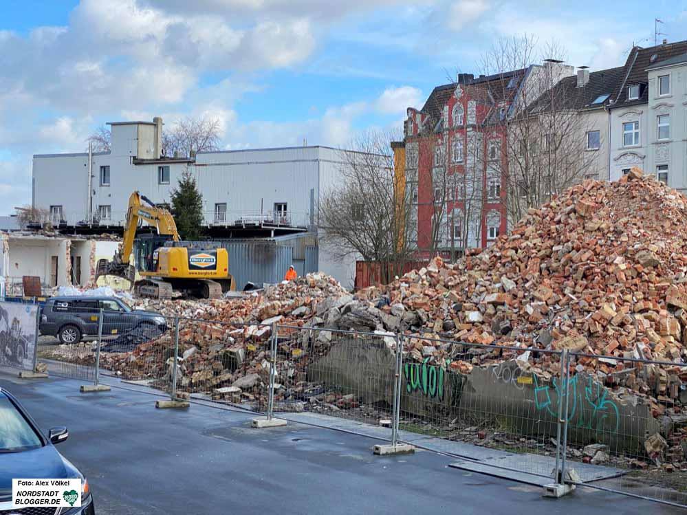 An der Speicherstraße wird Platz für die neue Akademie geschaffen. Archivbild: Alex Völkel