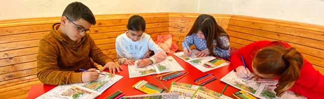 Mit dem Nordstadt-Malbuch geht's für die Grundschulkinder des Stadtteils auf spannende Entdeckungstour