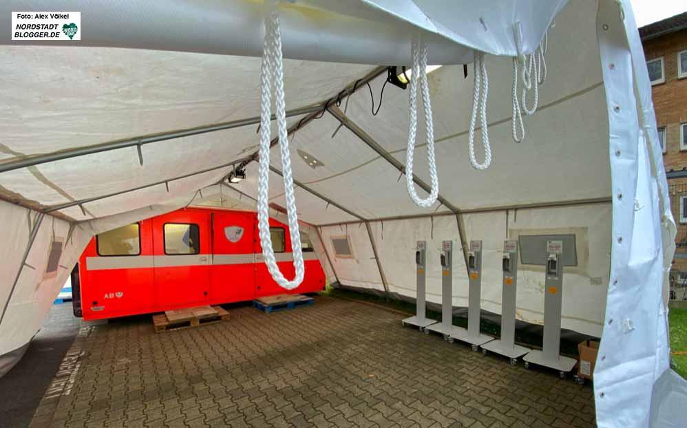 Am Klinikum-Nord wird derzeit ein Corona-Diagnostik- und Behandlungszentrum errichtet. Fotos: Alex Völkel