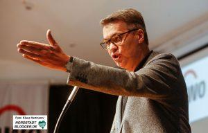Auch der SPD-OB-Kandidat Thomas Westphal warb für Unterstützung.