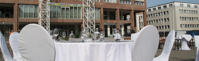 Dortmund will die angeschlagene Gastronomie unterstützen und plant Corona-taugliche Musterveranstaltungen