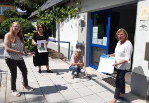 Die AWO-Vorsitzende Anja Butschkau und Ehrenamtliche des Ortsvereins Bittermark. Foto: AWO