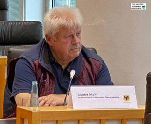 Günter Mohr vom Stadtverband der Dortmunder Gartenvereine