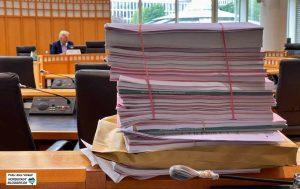 Die Wiedereröffnung ist einer von mehr als 100 Tagesordnungspunkten für die Ratssitzung. Die Vorlagen türmen sich.