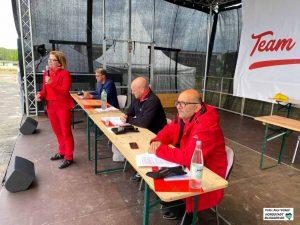 Blickten auf Autos: Nadja Lüders, Thomas Westphal, Jens Peick und Volkan Baran. Fotos: Alex Völkel
