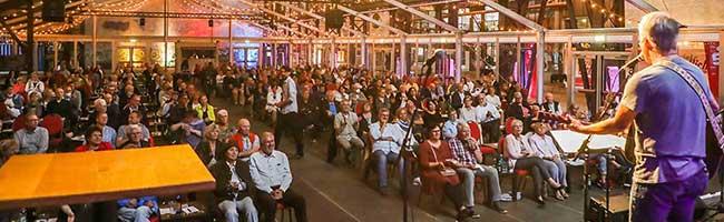 """Richtig geschaltet: In der Coronakrise findet das Comedyfestival """"RuhrHOCHdeutsch"""" im Schalthaus 101 statt"""