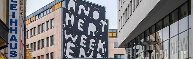 """URLAUB@HOME: Öffentliche Spaziergänge zu Stefan Marx' Wandmalereien bei den """"Irrlichter-Touren"""" im Ruhrgebiet"""