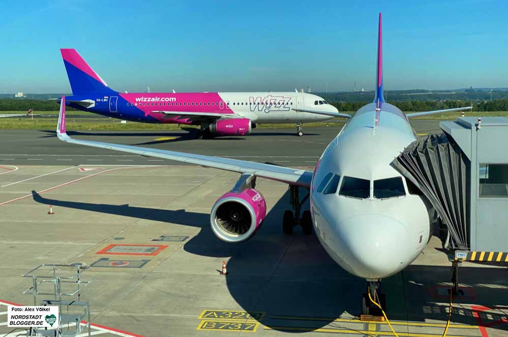 Die ungarische Billigfluglinie Wizz Air ist der größte Kunde des Dortmunder Flughafens. Foto: Alex Völkel