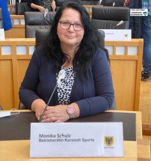 Monika Schulz, Betriebsrätin bei Karstadt Sports