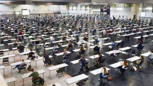Die erste Klausur in den Westfalenhallen fand am 25. Juni in der Westfalenhalle 3 statt. Foto: Ina Fassbender/afp
