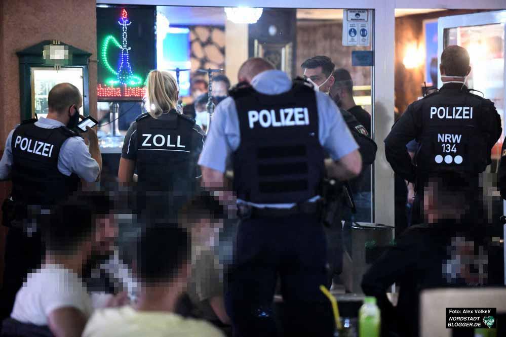 In Dortmund fand ein sogenannter Schwerpunkteinsatz gegen Clan-Kriminalität statt. Fotos: Alex Völkel