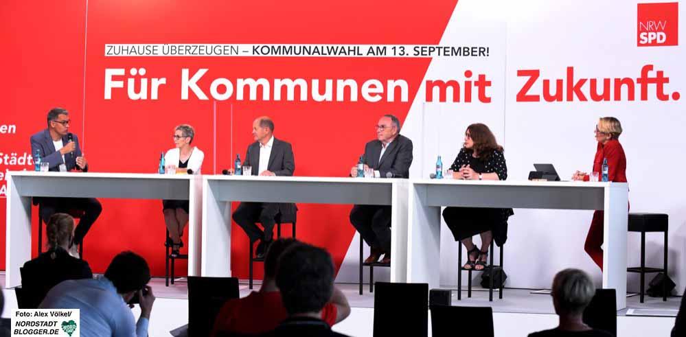 Bundes- und Kommunale Ebene diskutieren die Zukunft der Städte und Gemeinden. Fotos: Alex Völkel
