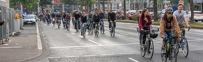 Radfahren auf der Autobahn: Bündnis aus 13 Organisationen stellt Forderungen für den Radverkehr in Dortmund